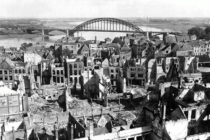 历史中的阿纳姆大桥