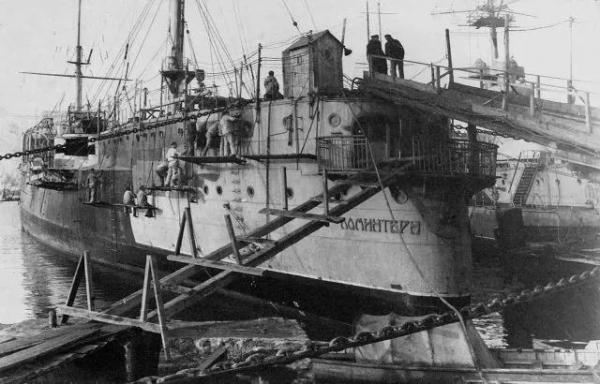 "S系巡洋舰的传承:不空前但绝后的""共产国际""号"