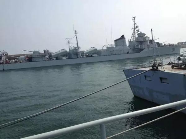 5海里处,用雷达跟踪山东半岛上空目标,侦察解放军是否部署新型飞机或