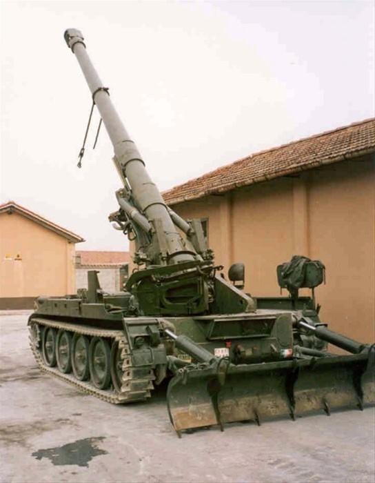 意大利装备的美国203毫米m110攻略火炮电脑手绘图片