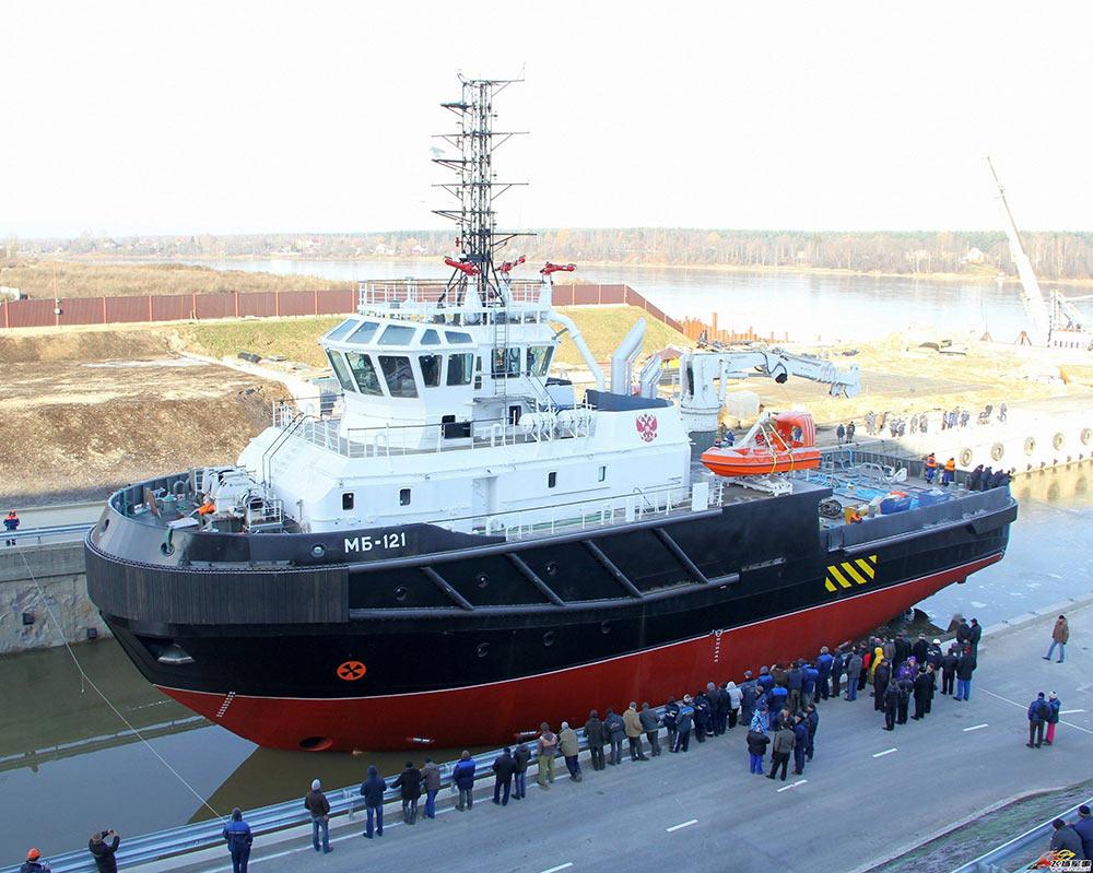 海上救援拖轮下水