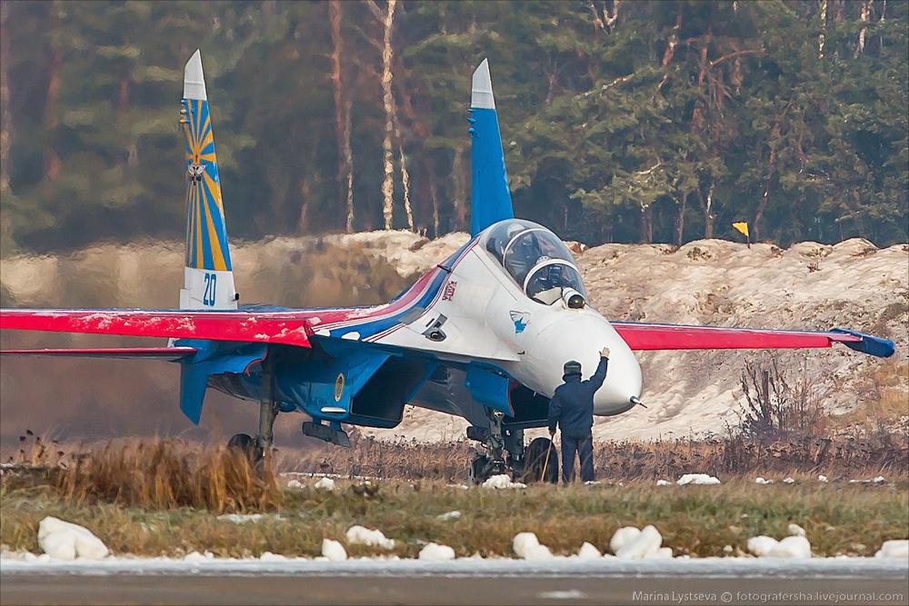 俄罗斯勇士飞行表演队库宾卡备战珠海航展