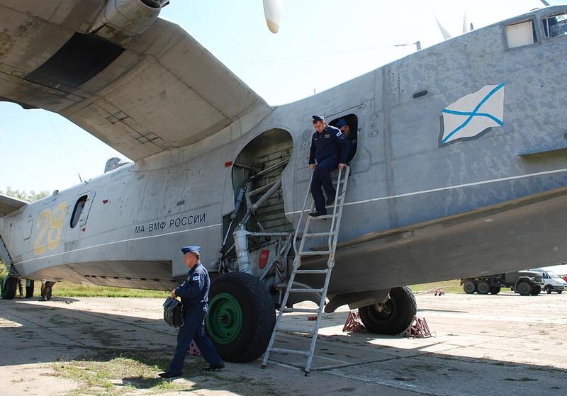 2015年6月11日,位于俄罗斯克里米亚自治州的叶夫帕托里亚的飞机修理厂对驻扎在克里米亚的俄黑海舰队的别12水上飞机完成了大修。由此可见,在较长一段时间内,黑海舰队将会长期使用别-12飞机执行任务,并且没有后继机型替代。