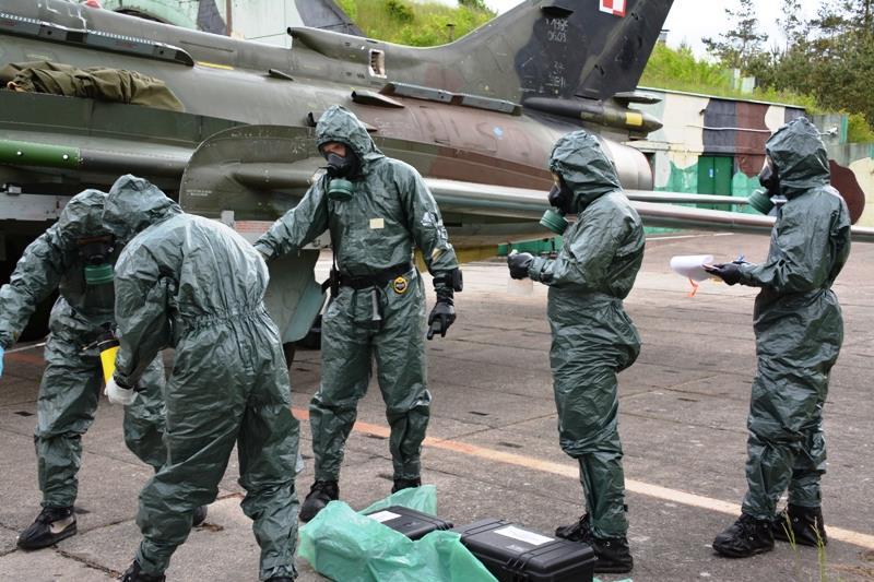 核武器袭击防护教案_波兰军队举行应对大规模杀伤性武器的防护演习_空中网军事频道