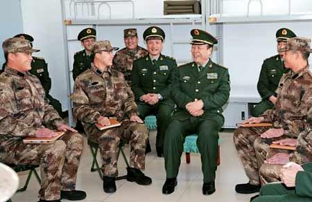 郭伯雄称要确保部队自身集中统一和安全稳定