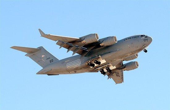 西飞交付某新型大飞机机翼构件制造设备(图)