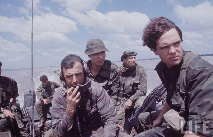 中国装甲侦察车视频_越战中美国海豹突击队_空中网军事频道