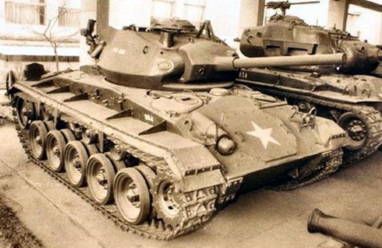 性能优异 美国M24 霞飞 轻型坦克