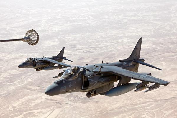 军事资讯_军事新闻 新闻图片  点击查看全部精彩大图>>   2013年6月10日,阿富汗