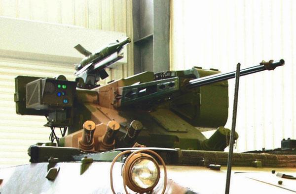 军事资讯_种类繁多 图片展示中国制造遥控武器站_空中网军事频道
