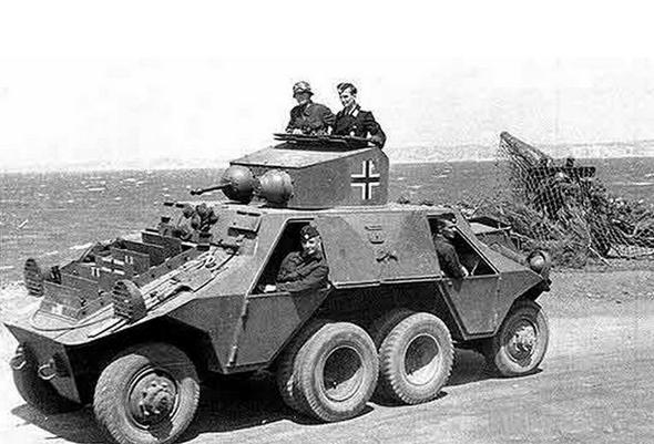 奥地利adgz装甲车 元首的秘密武器