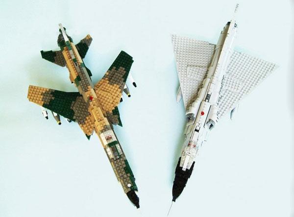 幼儿要逆天用乐高玩具搭出的积木和战斗机导弹感统玩具图片