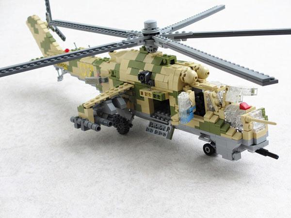 玩具要逆天 用乐高积木搭出的导弹和战斗机