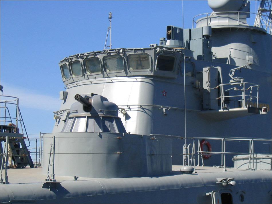 国际货�9ak9c_印尼为国产导弹艇安装ak630近防炮 已装c705导弹