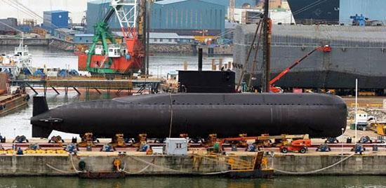 用于攻击反潜飞机,但导弹只能在水面状态或通气管