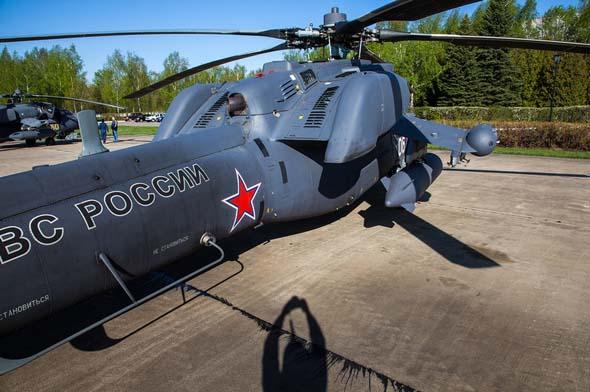 """俄罗斯米-28""""浩劫""""武装直升机 阿帕奇斯基"""