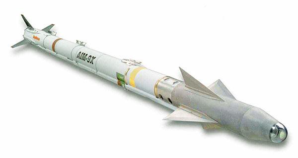 AIM-9X空空导弹-日刊 中国空空导弹落后日本 进口五千枚俄导弹