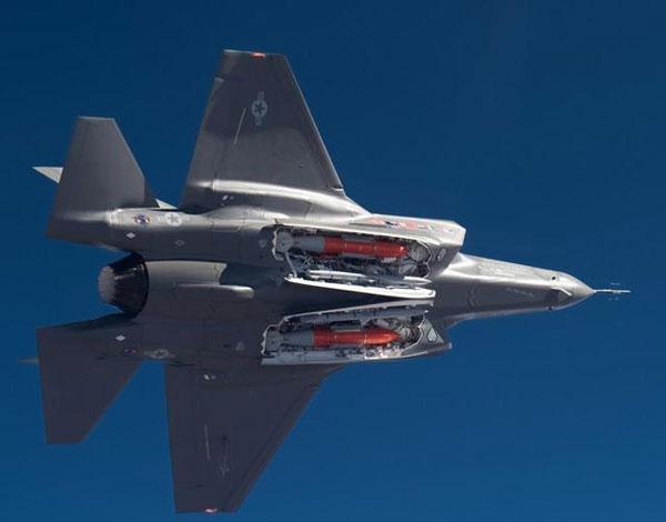 军事资讯_军事新闻 军情分析    f35盘旋和滚转能力不佳,正是这一局面下的无可