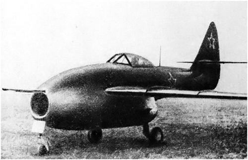 后掠翼飞机的先驱 la-160喷气式战斗机