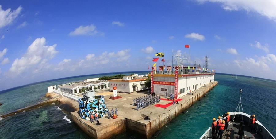 长期以来,南海有部分岛礁一直被他国占据,敌我礁盘犬牙交错,敌情也是