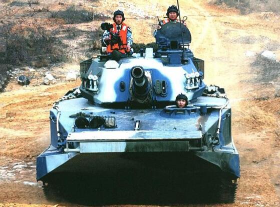 中国水陆坦克的辉煌战绩:打越南强渡巴望河